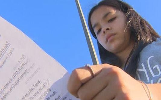 Une élève de 5ème s'est opposée à son enseignante qui forçait les élèves à dire que Dieu n'existait pas